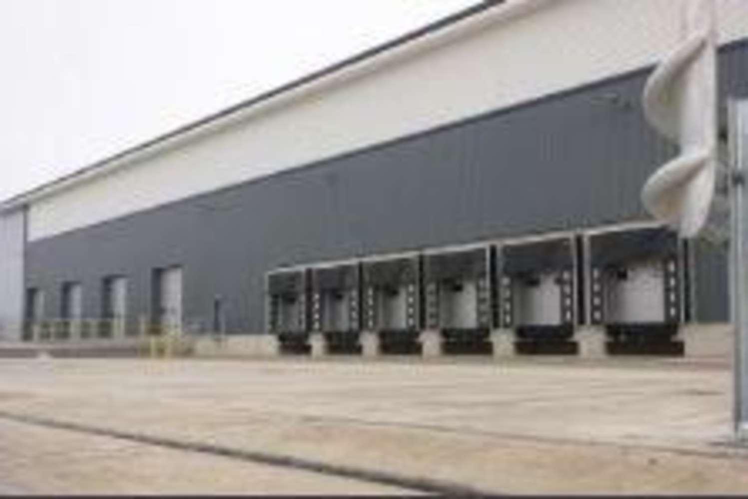 Industrial Enfield, EN3 7SR - Unit 4 Enfield Distribution Park - 3