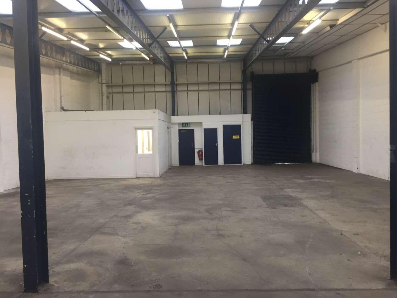 Industrial Leeds, LS12 6BD - Unit 15 Gelderd Trading Estate - 15