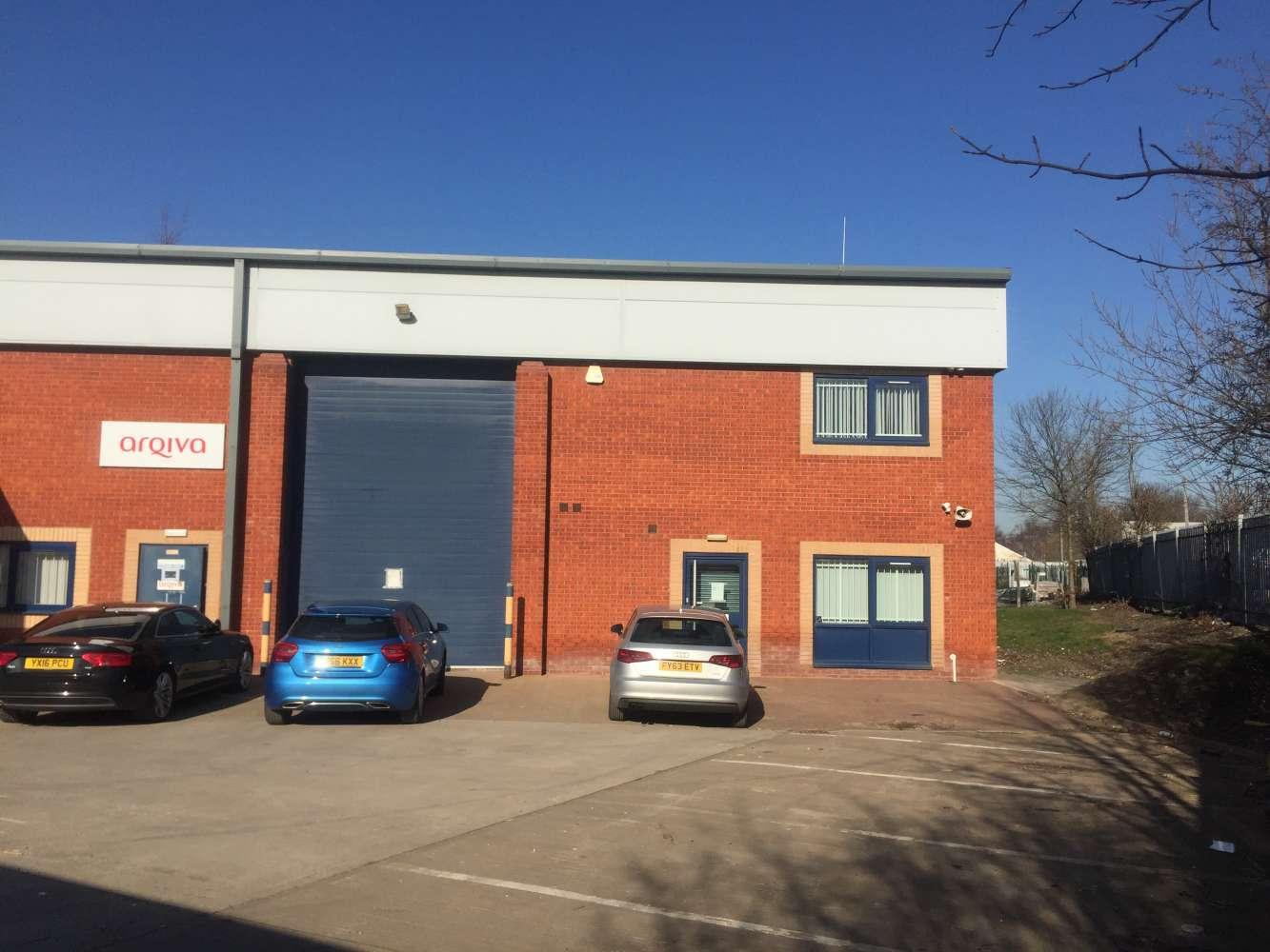 Industrial Leeds, LS25 2GY - 3 Phoenix Court - 5580