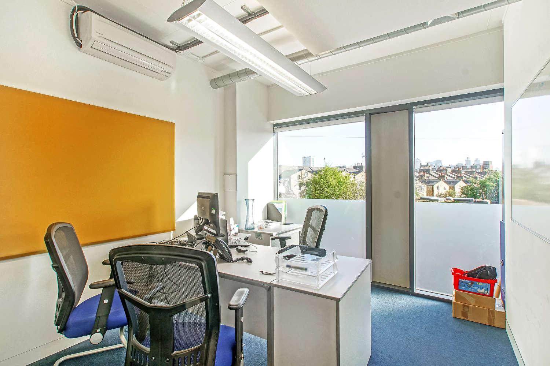 Office London, SE8 5NN - 100 Rolt Street - 03181