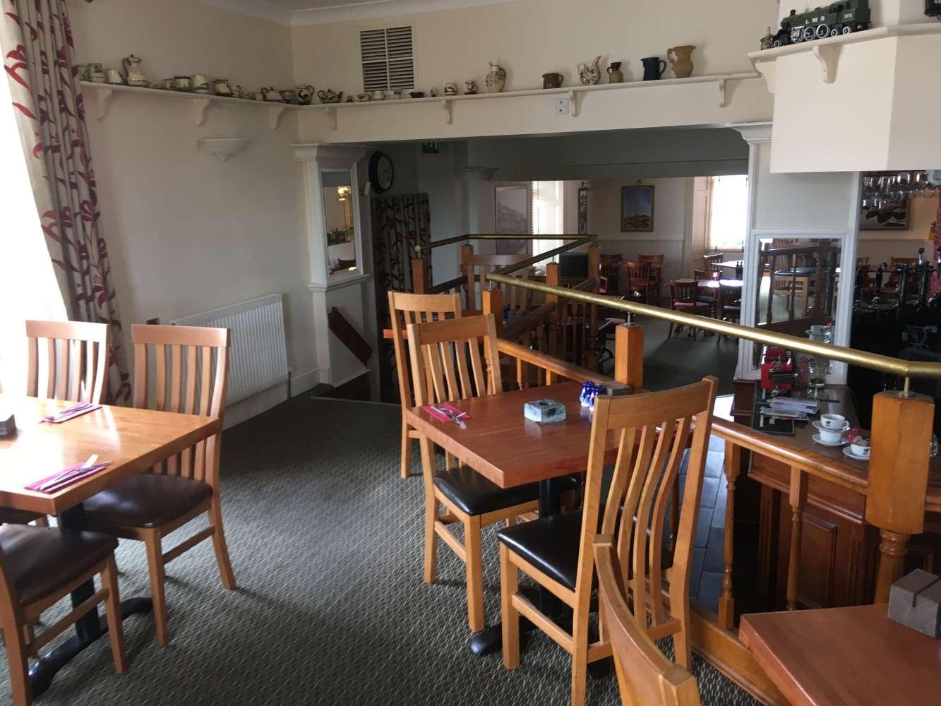 Pub Brixham, TQ5 0LL - Weary Ploughman - 1425