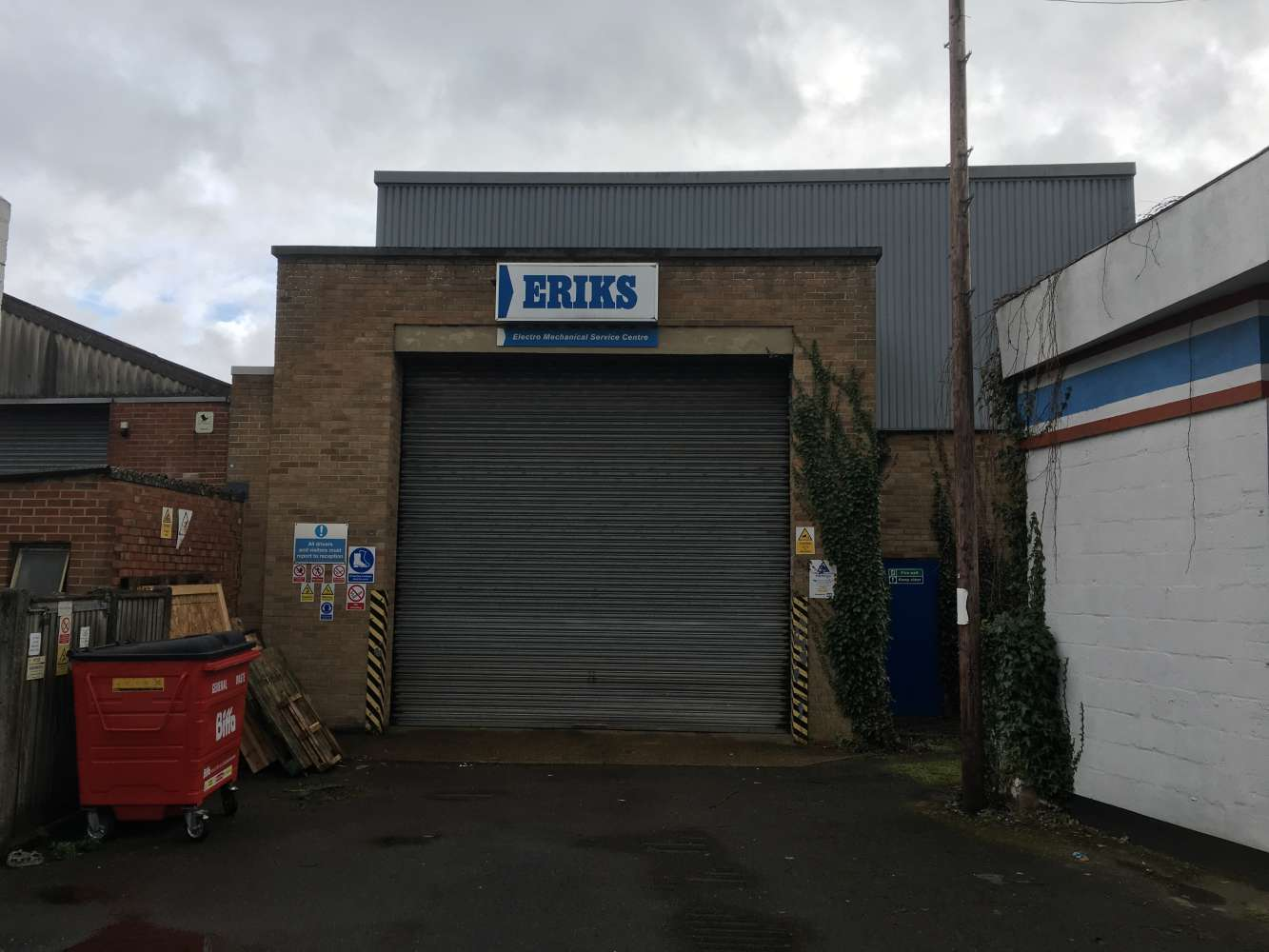 Industrial Southampton, SO40 3AA - 144 Commercial Road - 1046