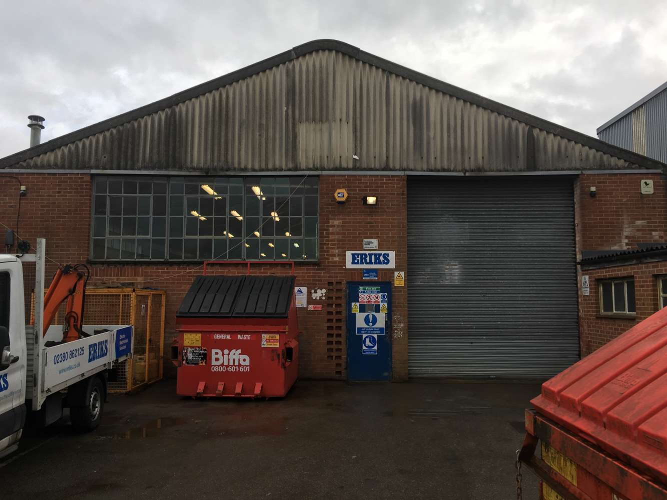Industrial Southampton, SO40 3AA - 144 Commercial Road - 1044