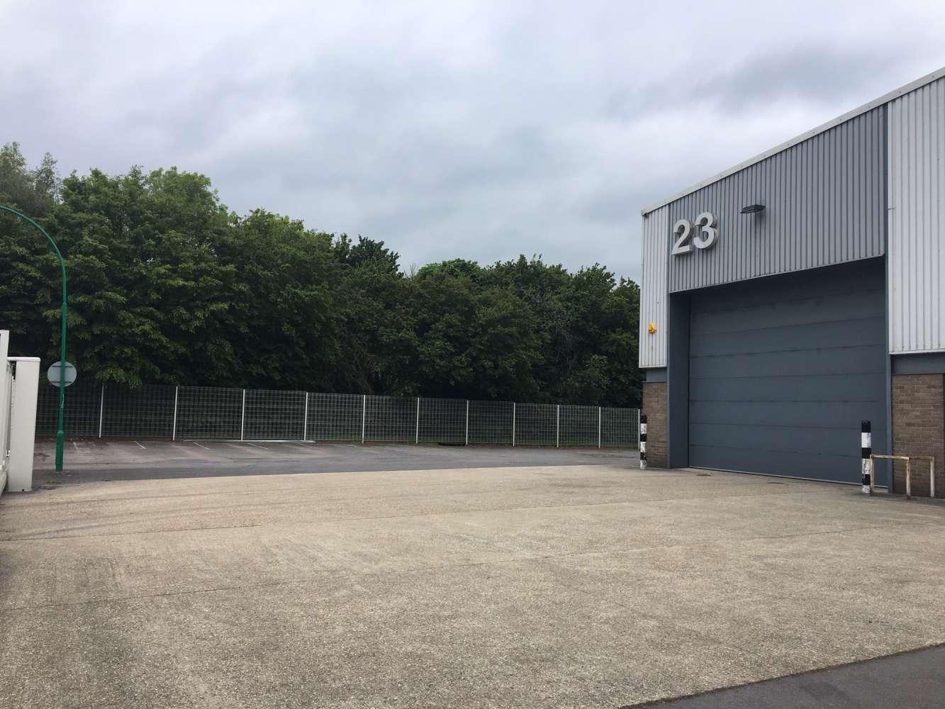 Industrial Fareham, PO16 8XB - Unit 23 Fareham Industrial Park - 1052