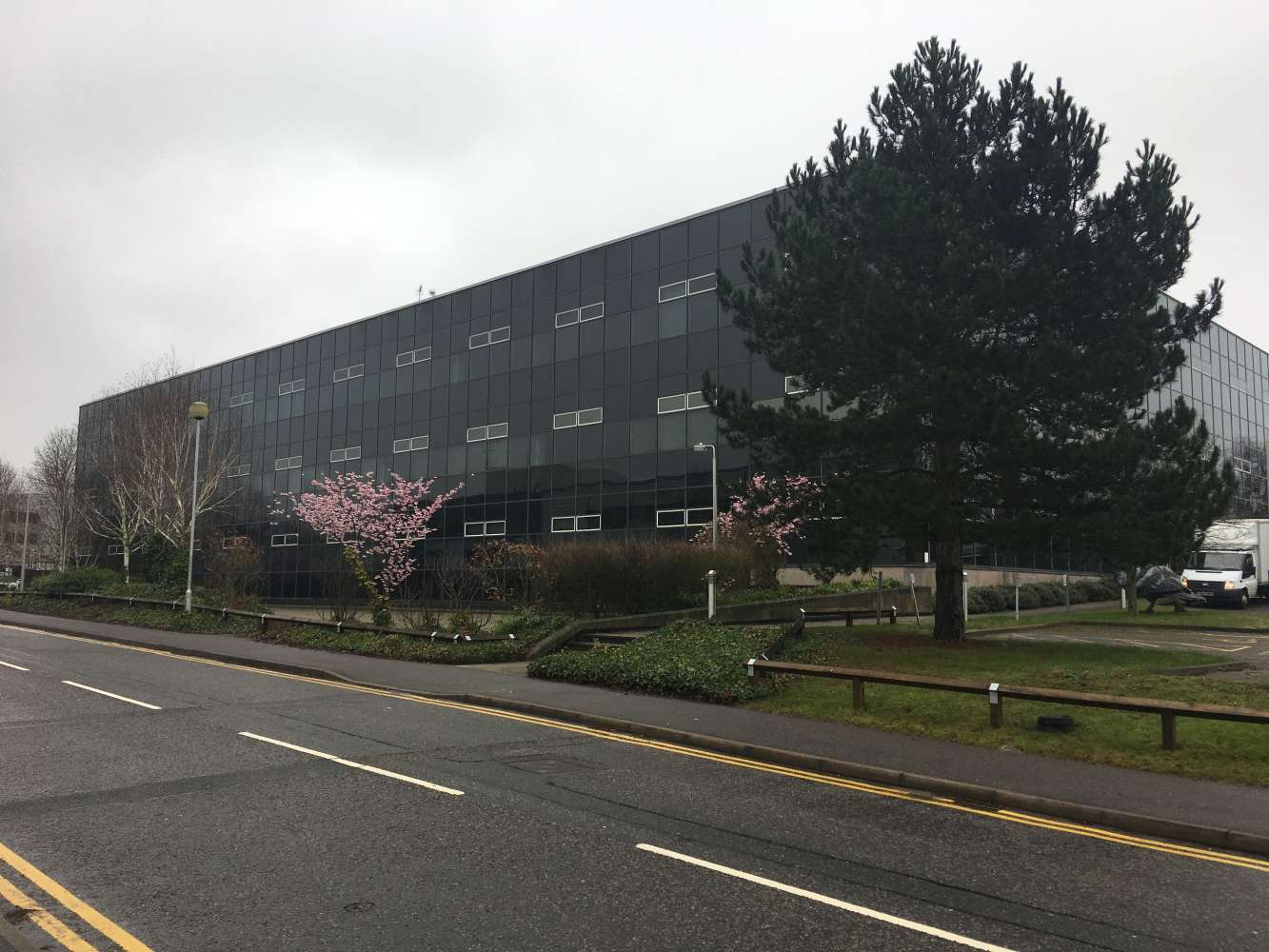 Industrial Bracknell, RG12 8FB - Access Business Centre - 86984