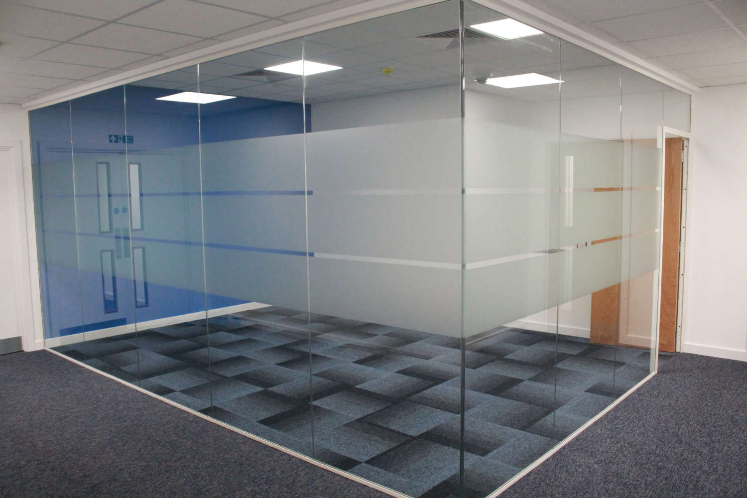 Industrial Bracknell, RG12 8FB - Access Business Centre - 3625