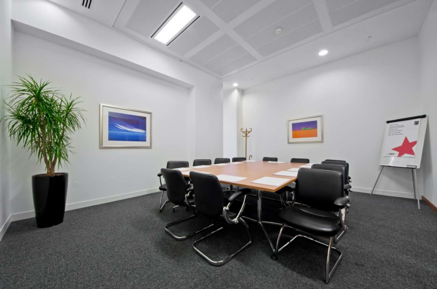 Serviced office London, EC1A 4HD - 200 Aldersgate Street  - 694