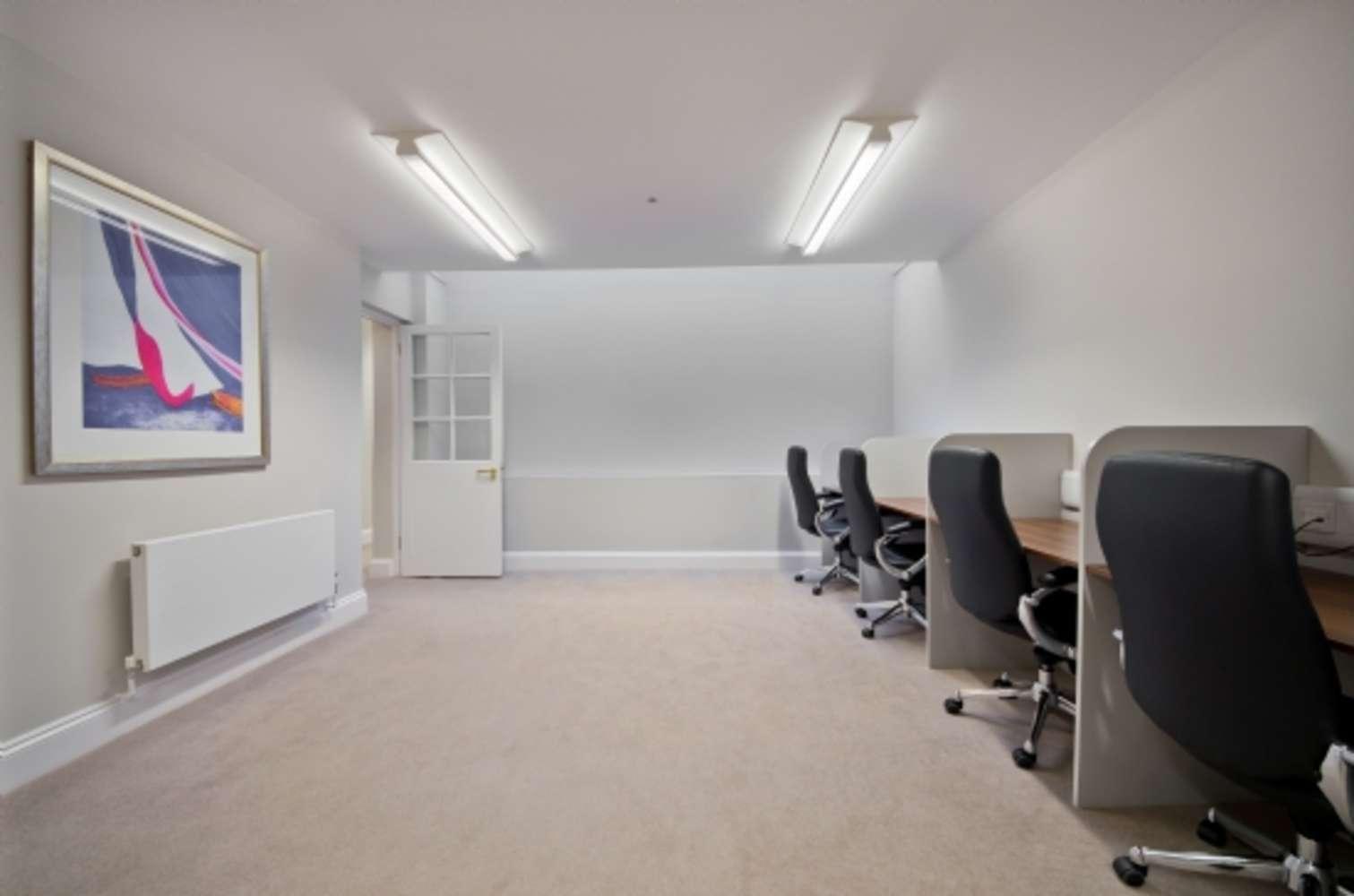 Serviced office London, W1W 5DT - 4 Devonshire Street - 390