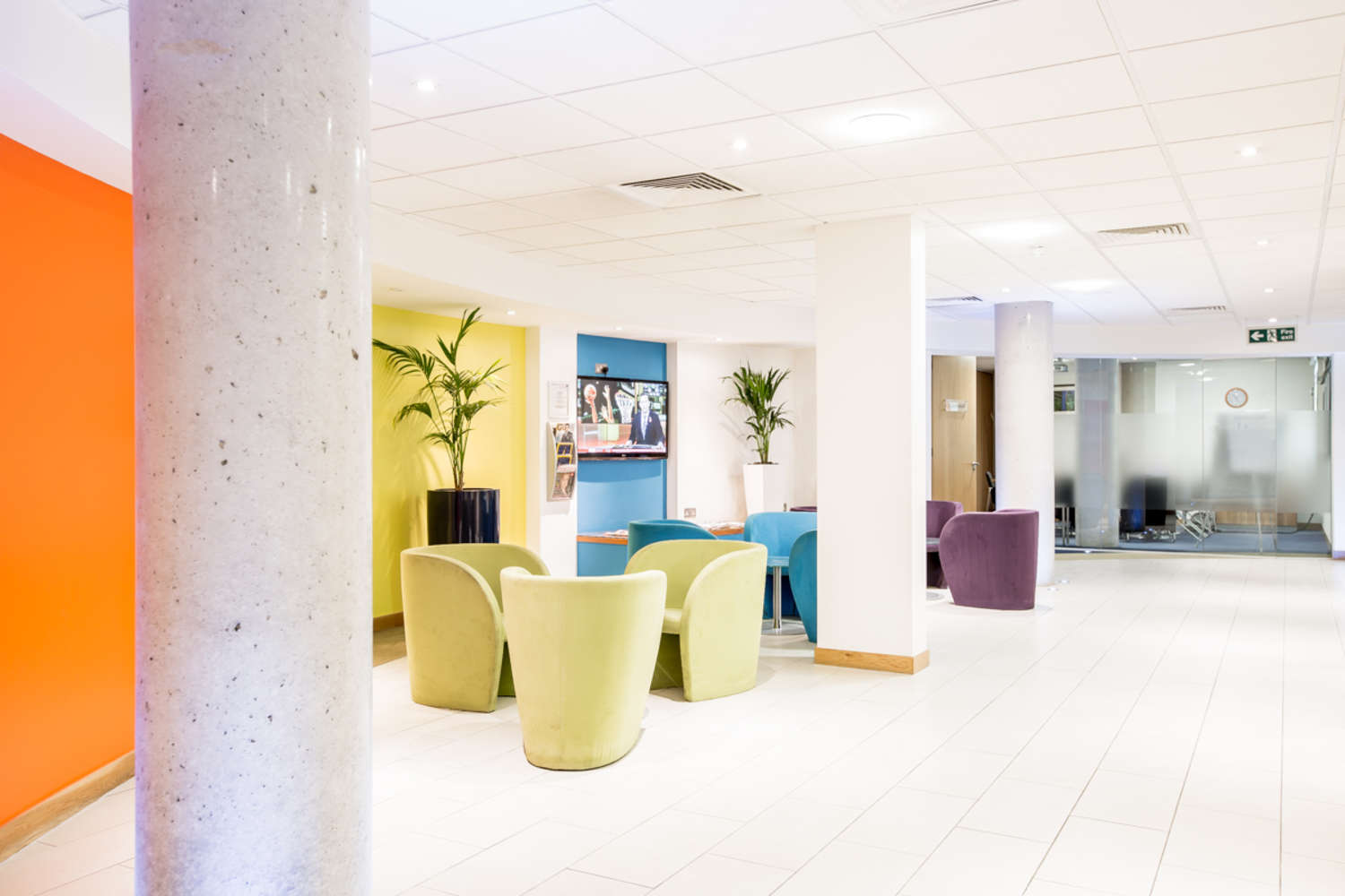 Serviced office London, SW18 4AW - 1-9 Hardwicks Square  - 23381