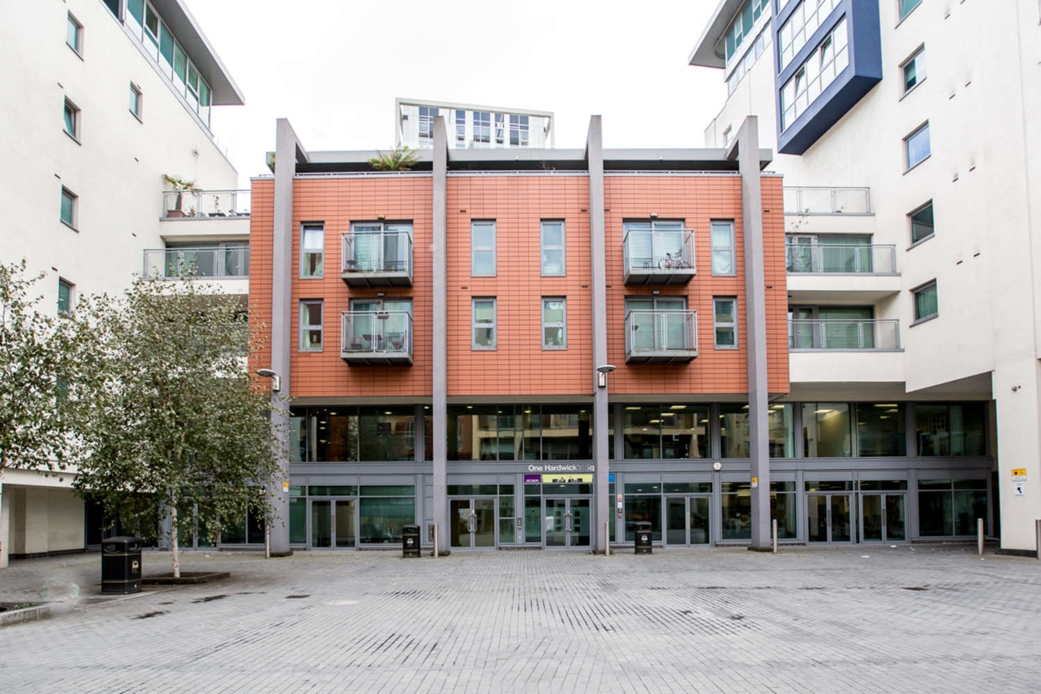 Serviced office London, SW18 4AW - 1-9 Hardwicks Square  - 23387