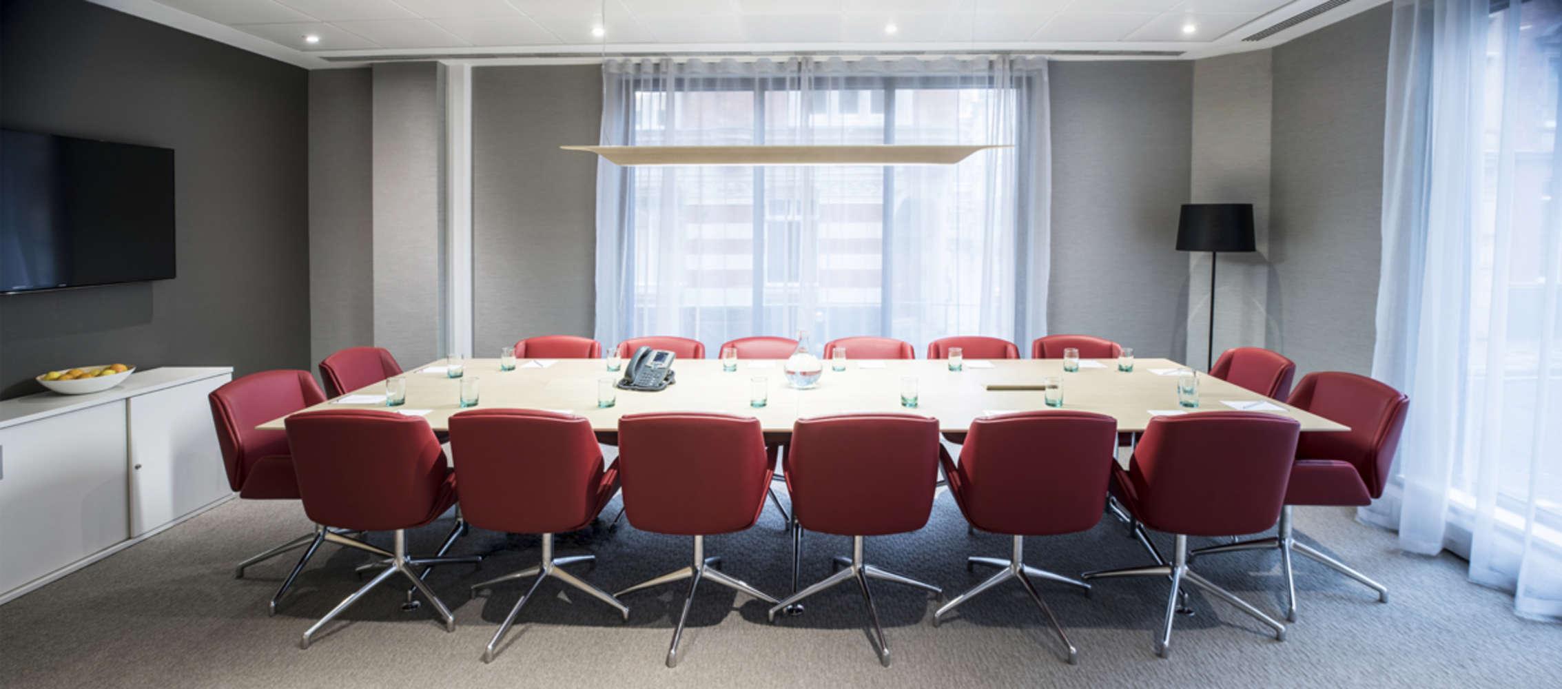 Serviced office London, EC4Y 0AB - Tallis House  - 019