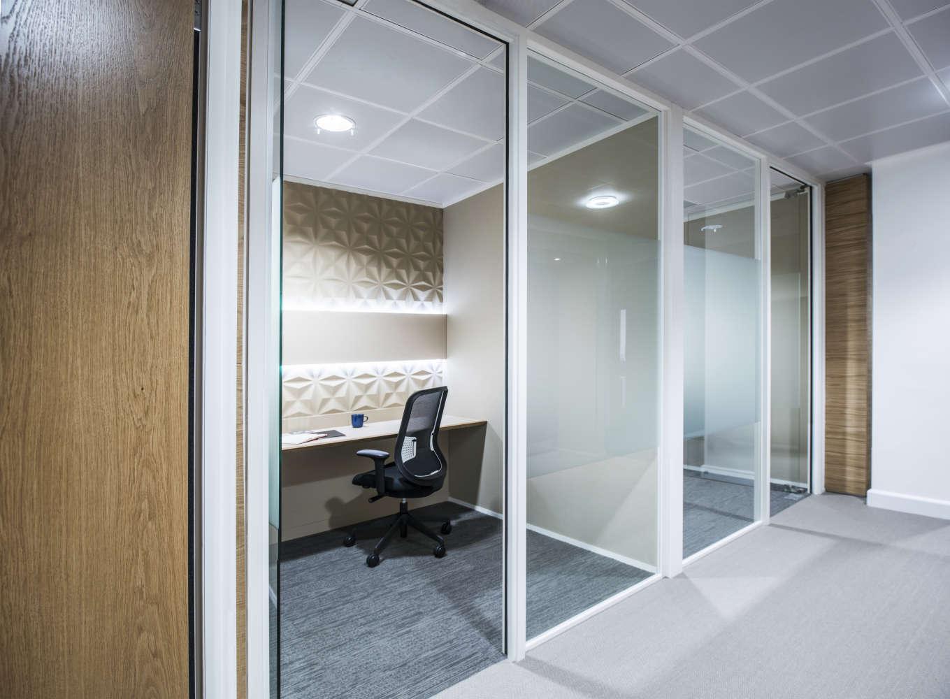 Serviced office London, EC4Y 0AB - Tallis House  - 136