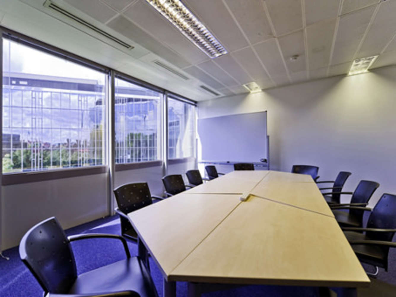 Serviced office London, W14 8TH - Crown House   - 2