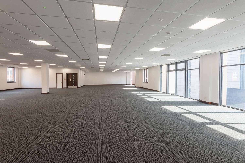 Offices Leeds, LS1 4DL - 76 Wellington Street - 7
