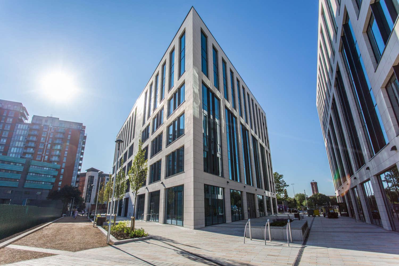 Offices Leeds, LS1 4AP - 5 Wellington Place - 9145