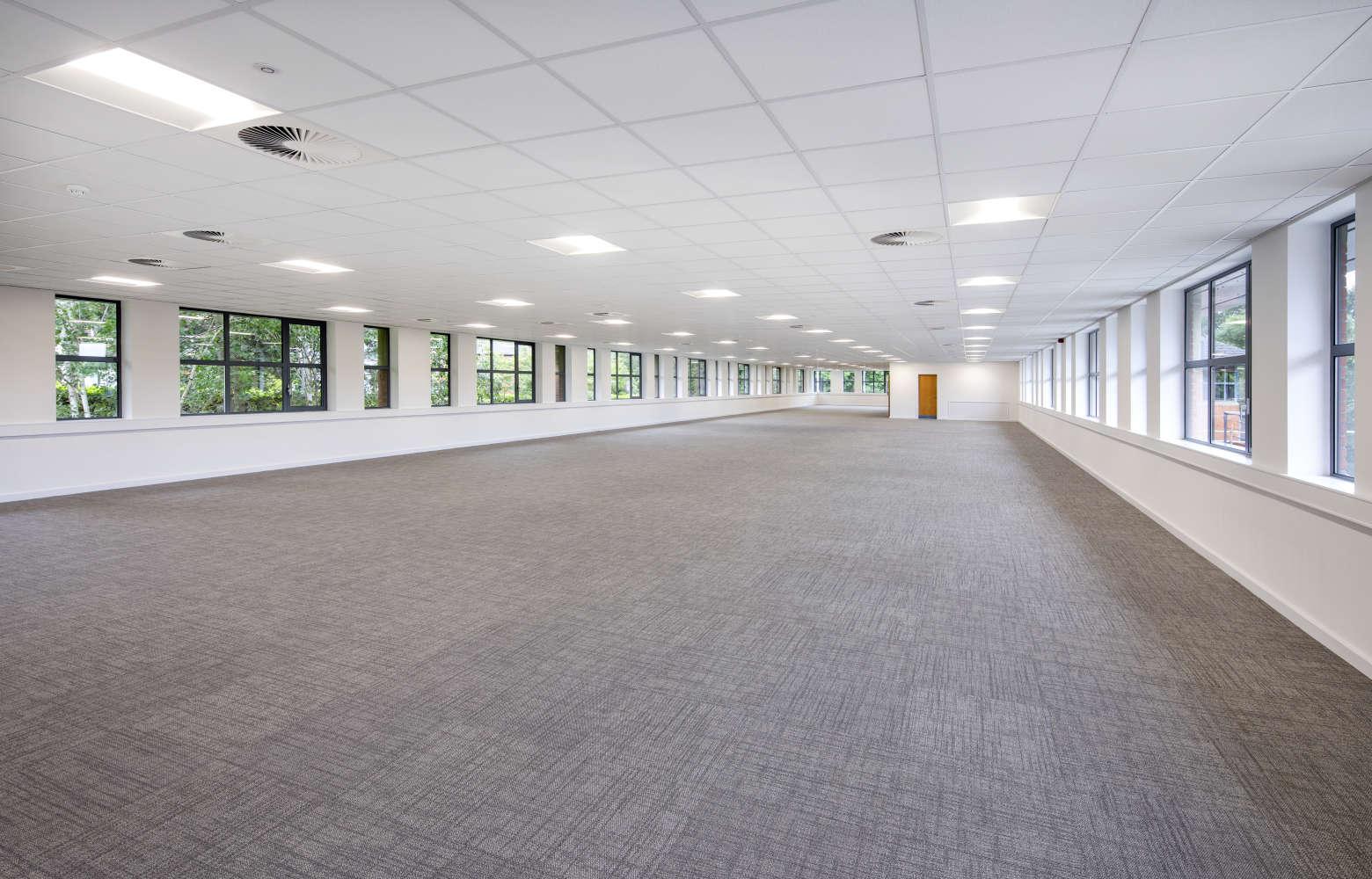 Offices Leeds, LS16 6QY - Lawnswood Business Park - 007