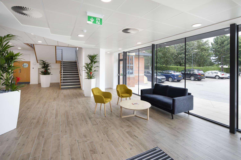 Offices Leeds, LS16 6QY - Lawnswood Business Park - 010