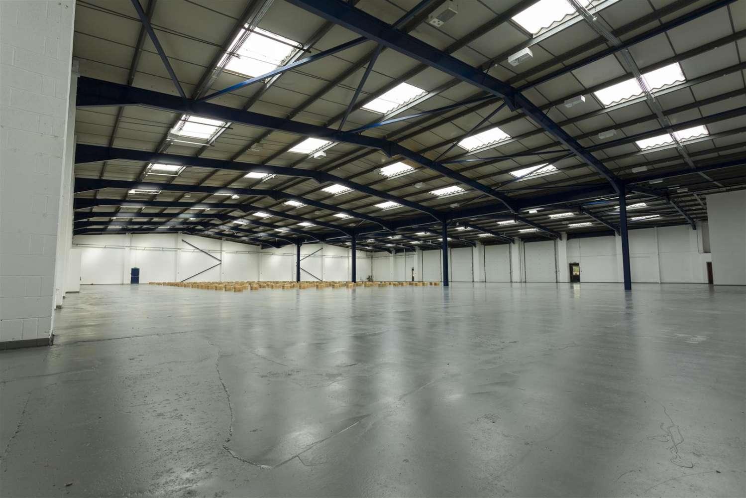 Industrial and logistics Leeds, LS12 6DN - Unit A Latchmore Park - 8028