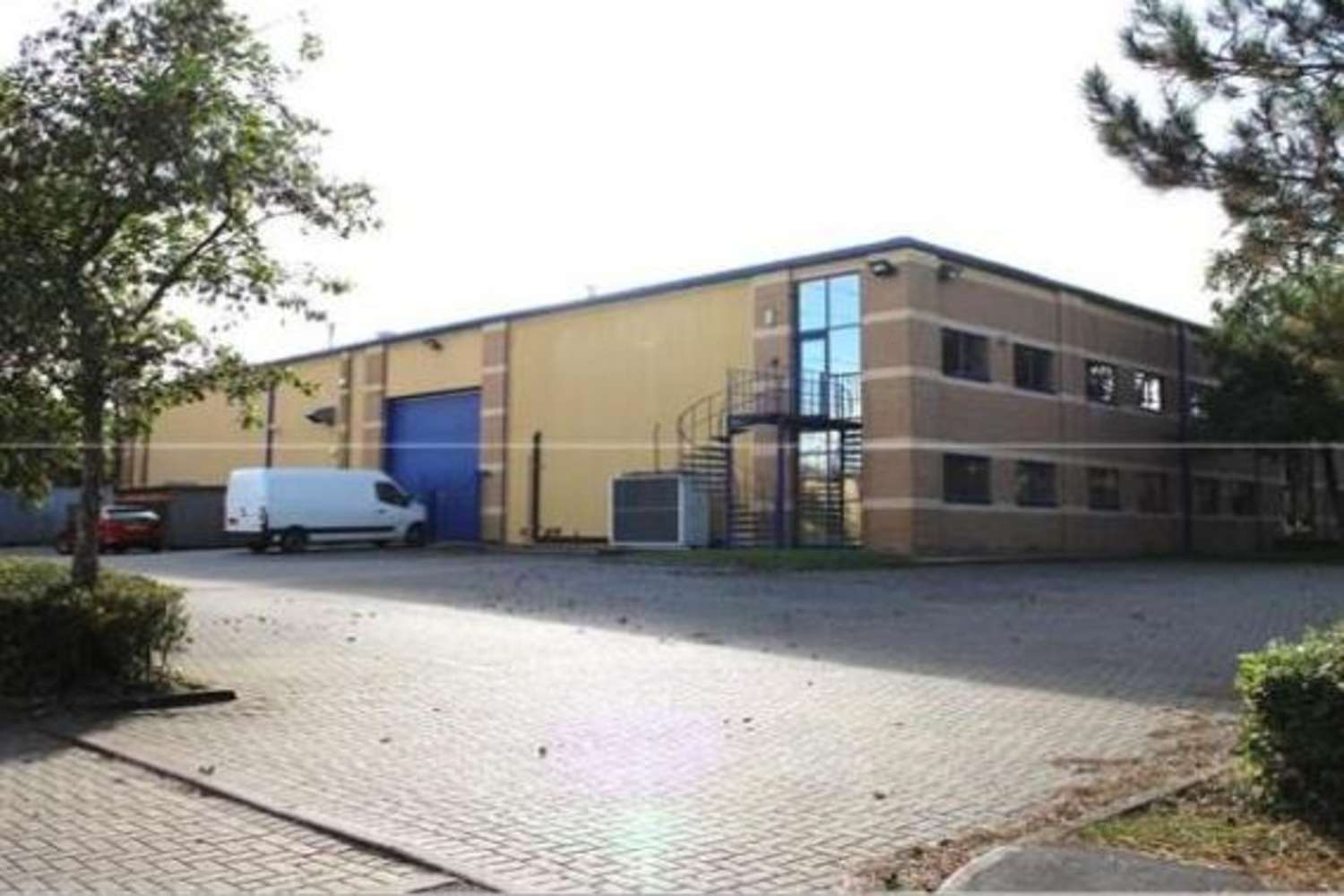 Industrial and logistics Cirencester, GL7 1YJ - Unit 7 & 8 The Corinium Centre - 885