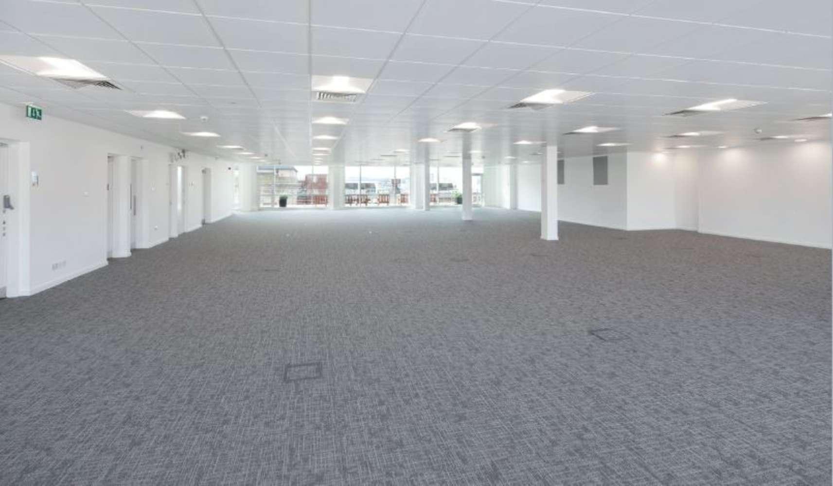 Office Glasgow, G2 5SG - 180 St Vincent Street - 24584