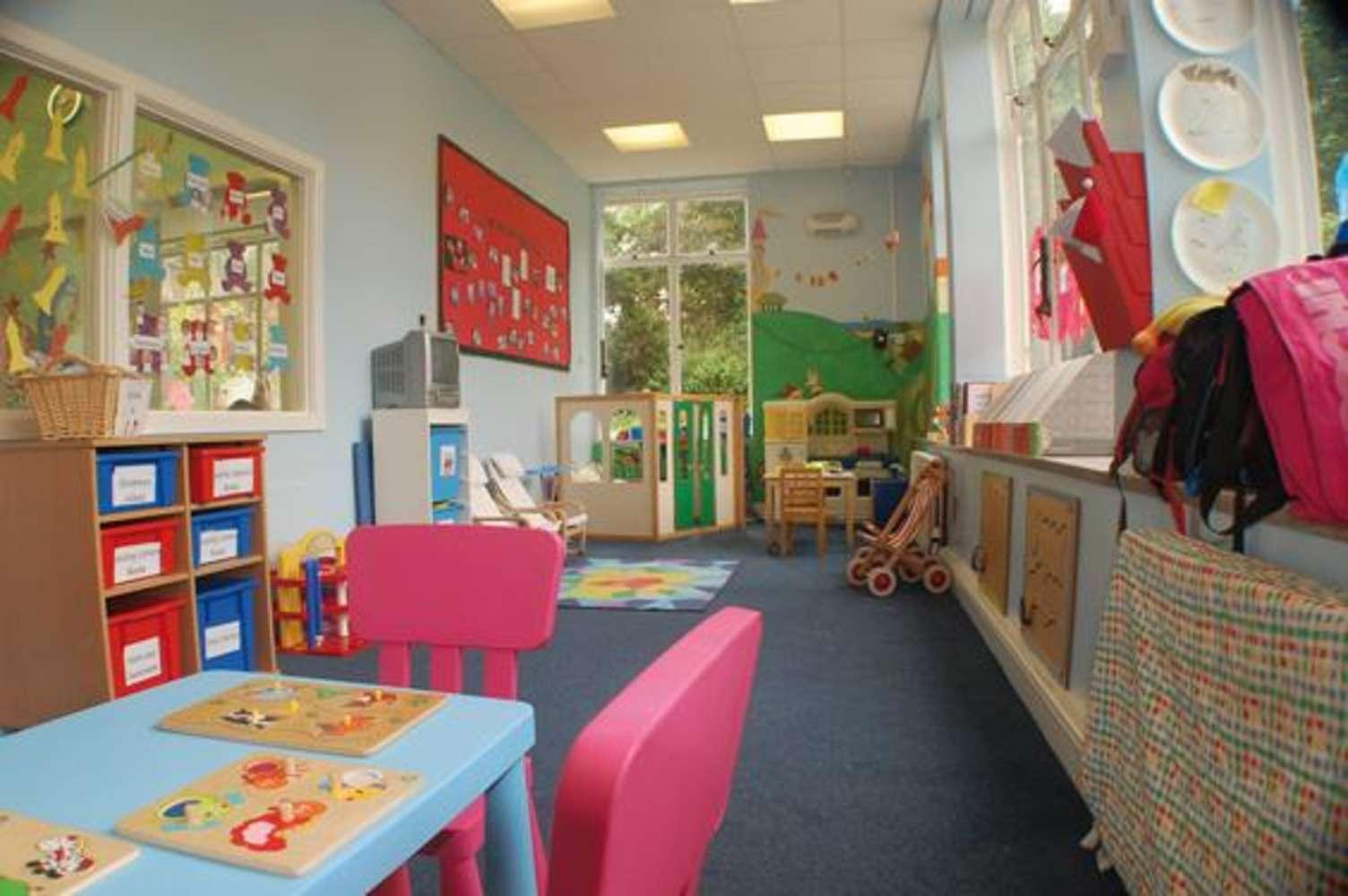 Offices Pontypool, NP4 0HZ - Mamhilad Park Estate - 9678