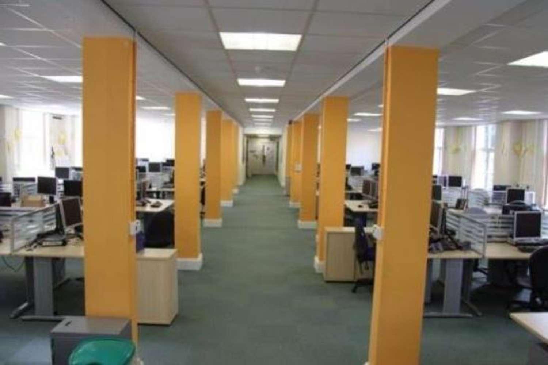 Offices Pontypool, NP4 0HZ - Mamhilad Park Estate - 9681
