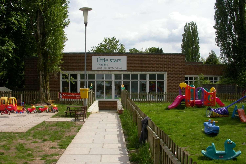 Offices Pontypool, NP4 0HZ - Mamhilad Park Estate - 9686