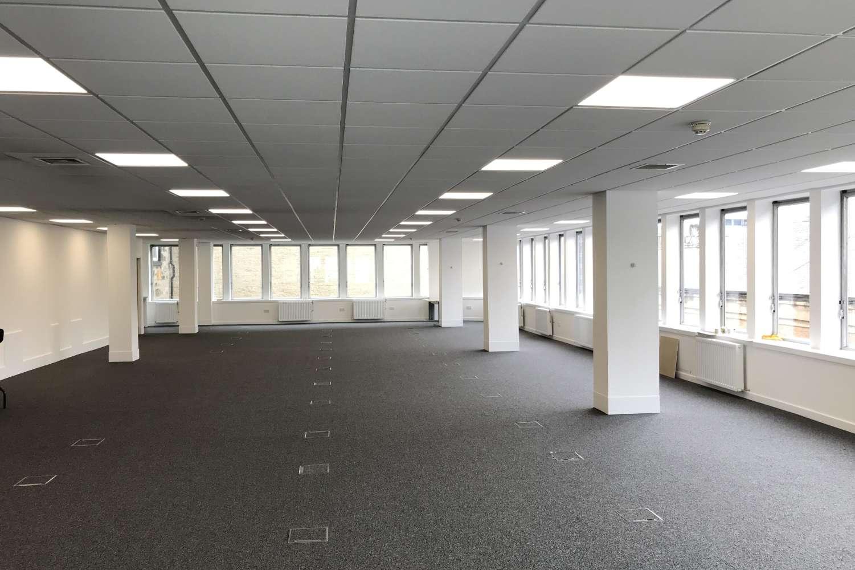 Office Glasgow, G2 4BG - 24 Blythswood Square - 0260