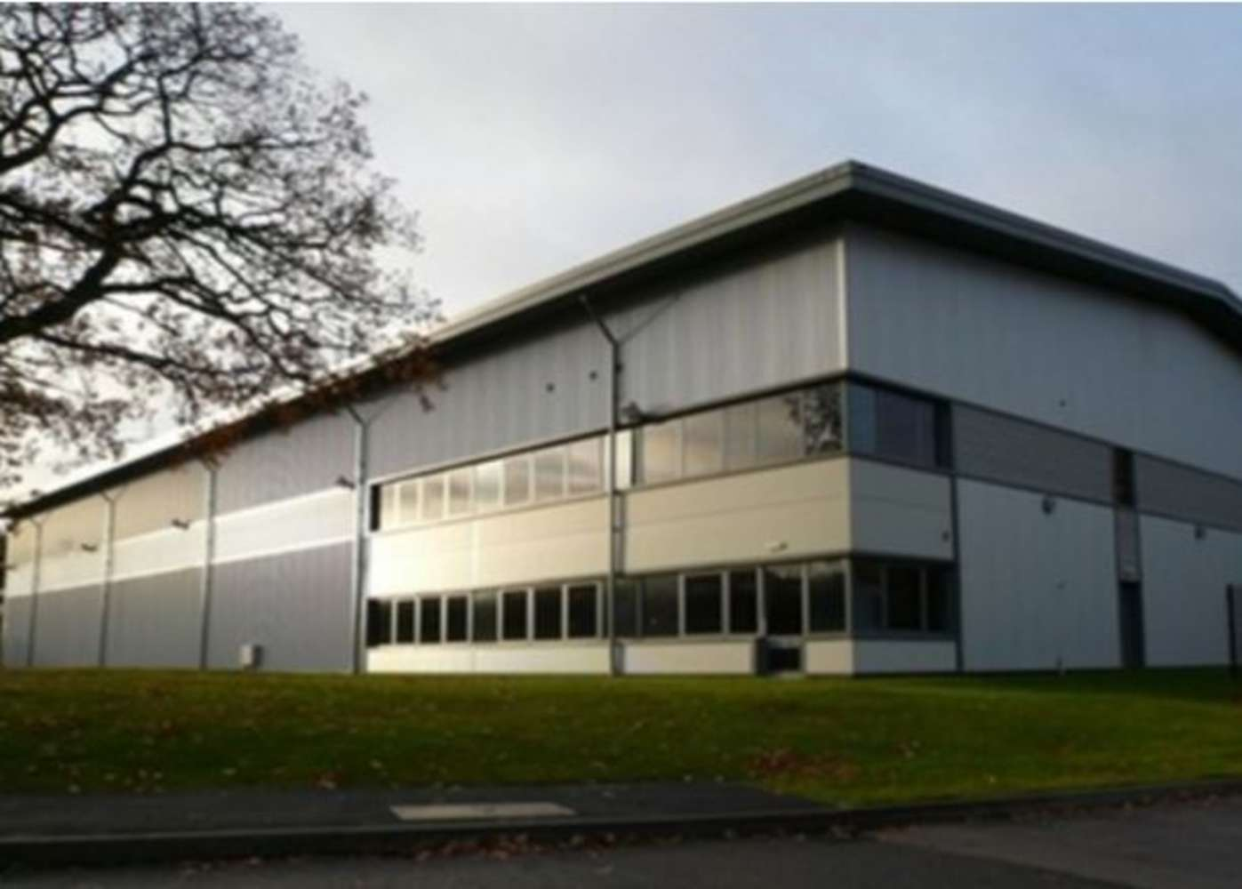 Industrial and logistics Wolverhampton, WV10 7QZ - Mercury - 8066