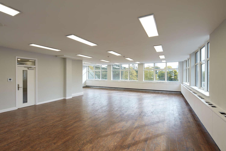 Office Southampton, SO15 2NP - White Building - 56216