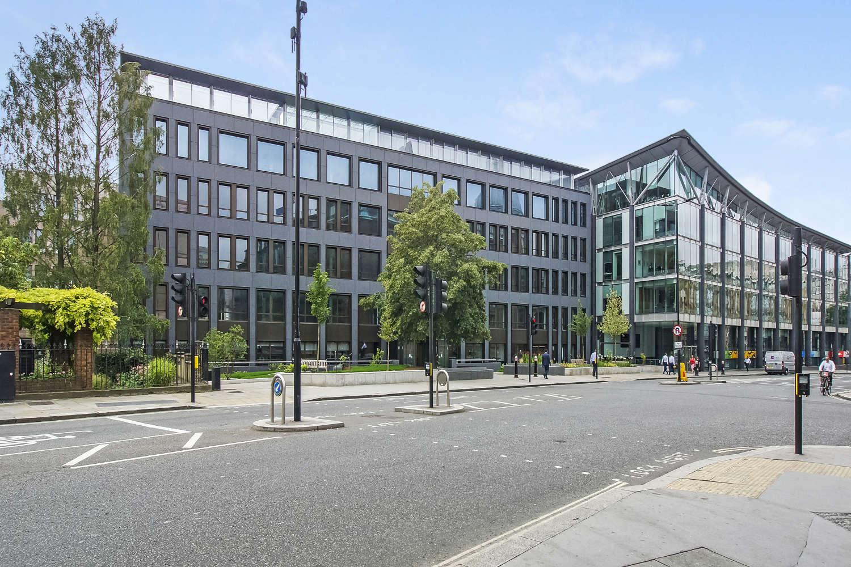 Office London, EC4V 4AB - Senator - 08891