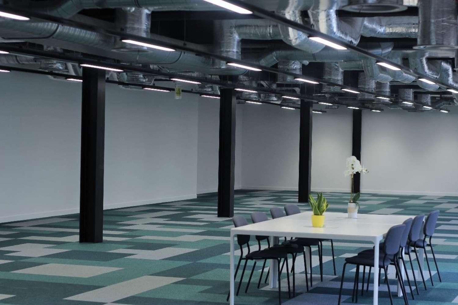 Office London, EC2M 2PP - 1 Finsbury Avenue - 7