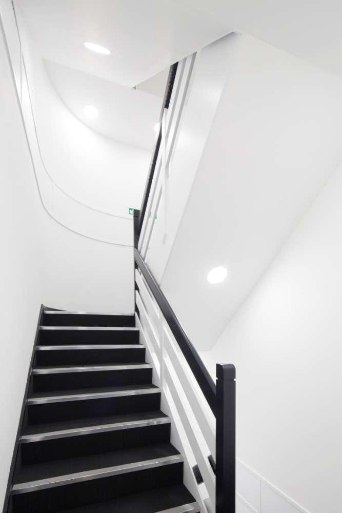 Office Glasgow, G2 2LB - 177 West George Street - 012