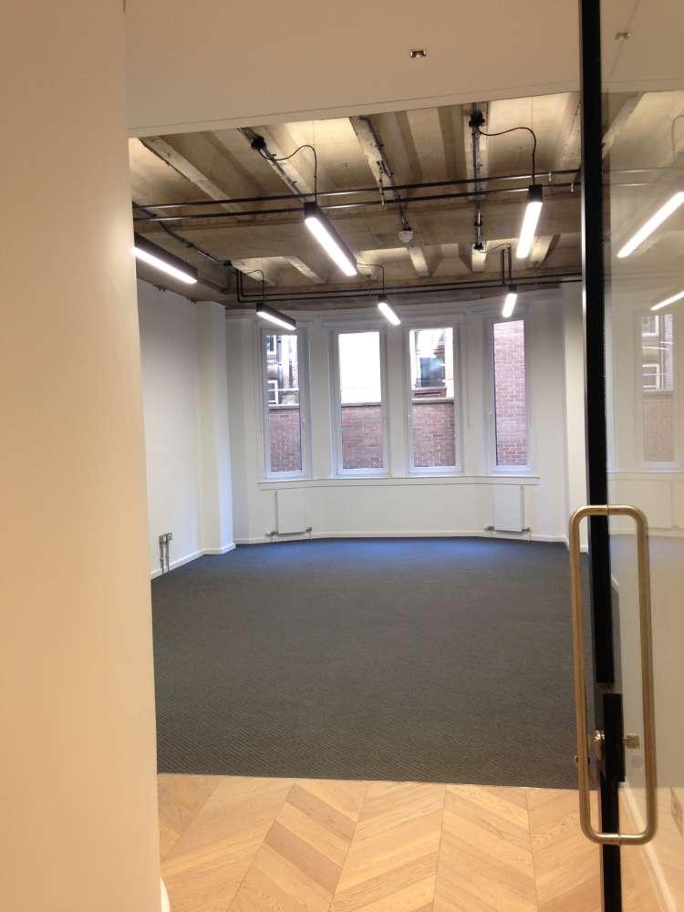 Office Glasgow, G2 2LB - 177 West George Street - 1538