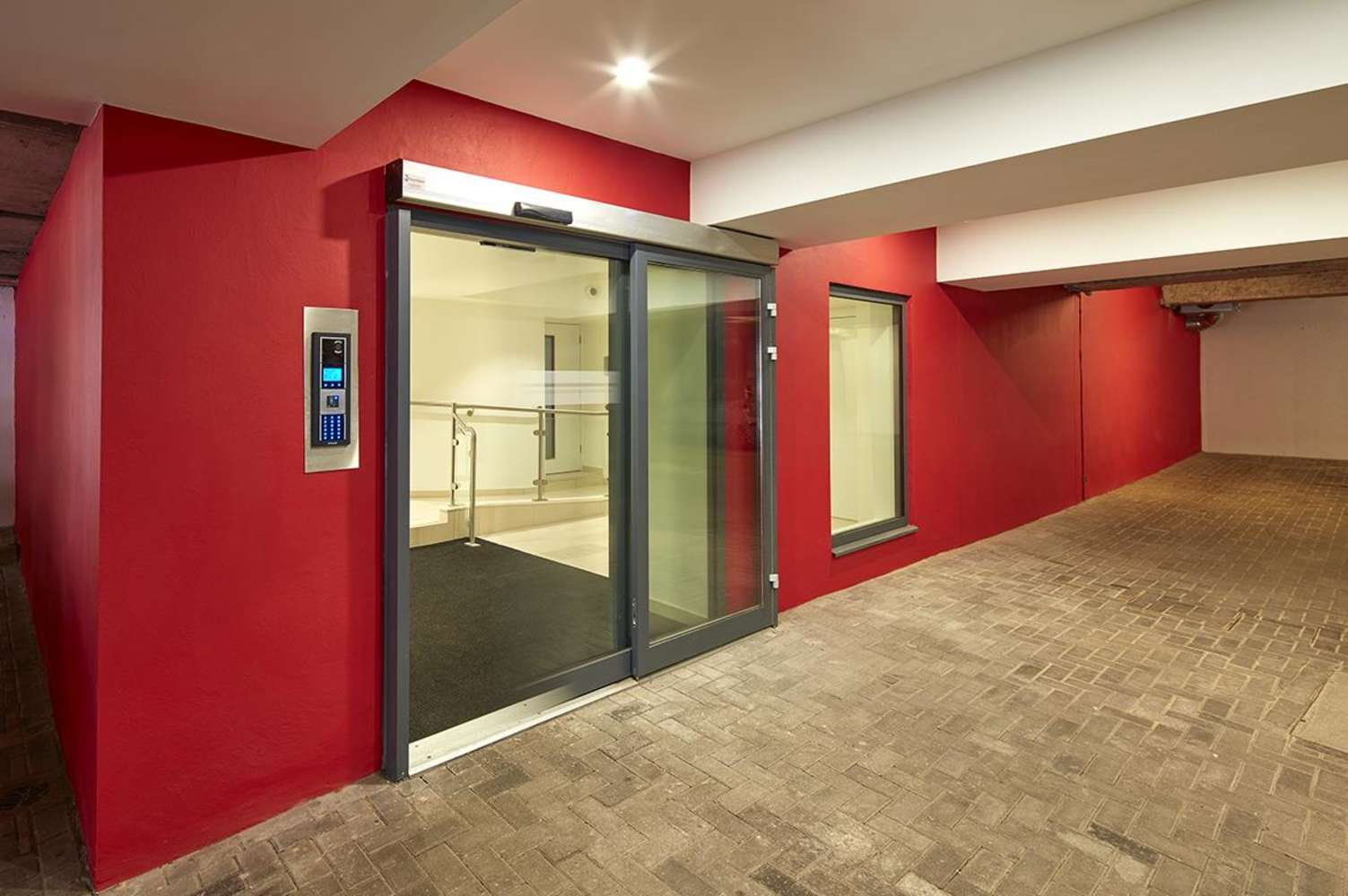 Offices Cardiff, CF11 9AB - Ground floor, 2 Castlebridge - 55801