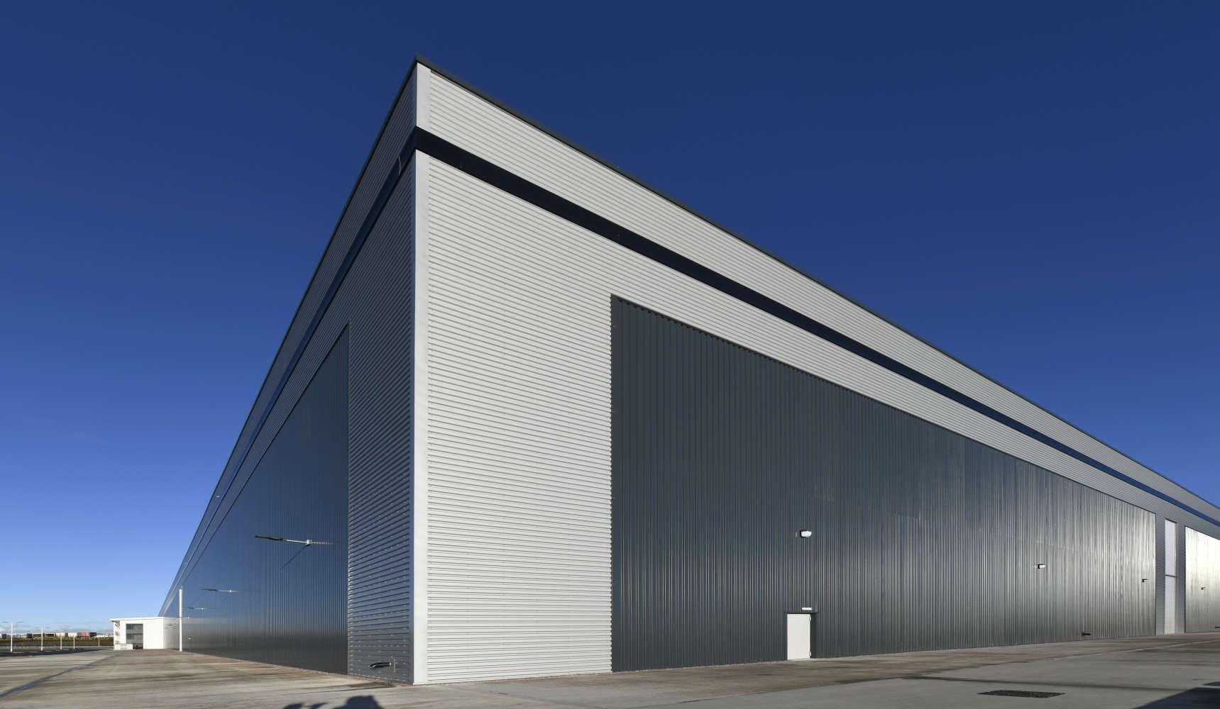 Industrial Bolton, BL5 1DB - 375 at Logistics North - 6111