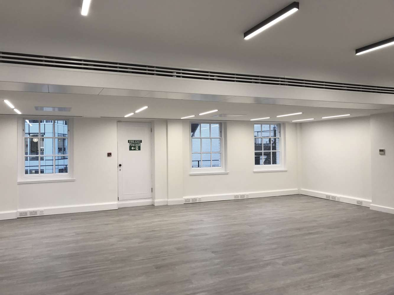 Office London, EC3V 3ND - 28-30 Cornhill - 5910