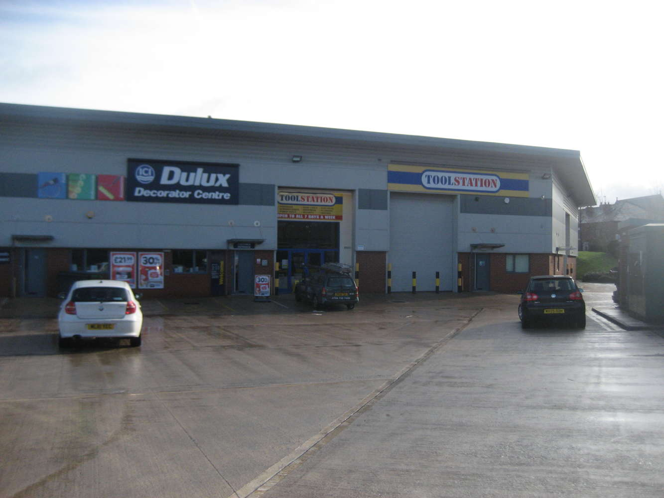 Industrial and logistics Rochdale, OL16 5NP - Unit 8, Magnum Trade Park - 374