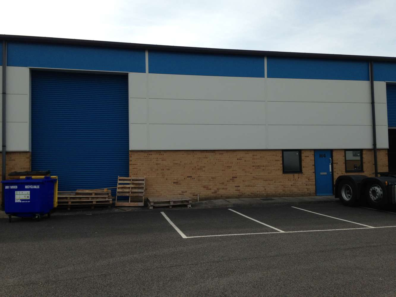 Industrial Cardiff, CF3 2PX - Unit H4, The Levels Business Park - 1584
