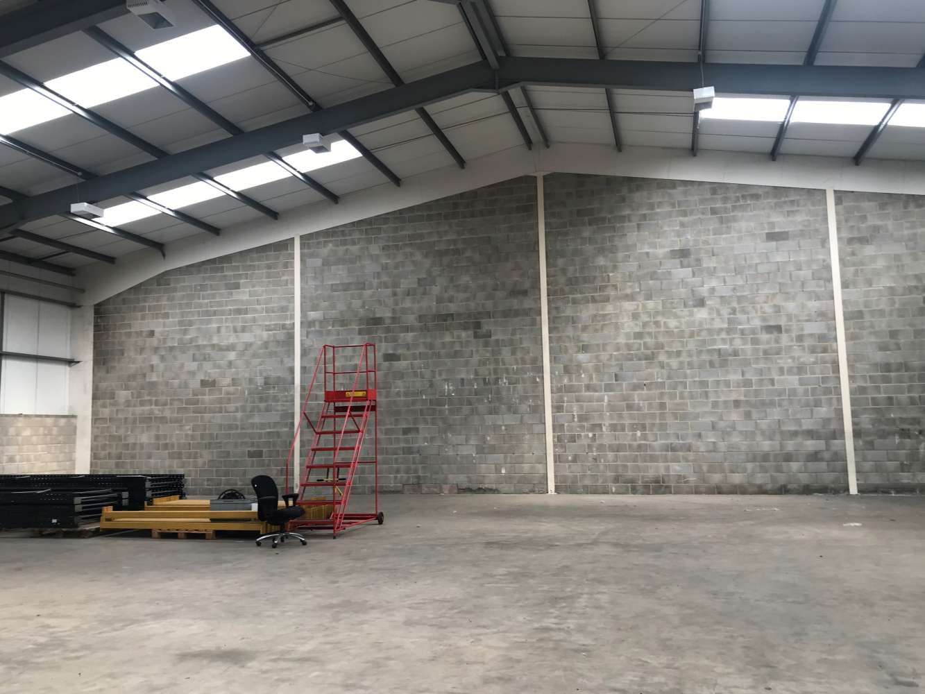 Industrial and logistics Cardiff, CF3 2PX - Unit M1, The Levels Business Park - 4