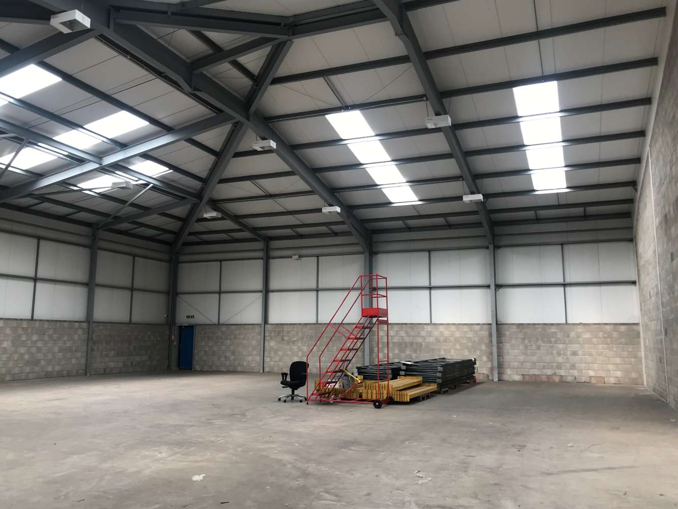 Industrial and logistics Cardiff, CF3 2PX - Unit M1, The Levels Business Park - 5