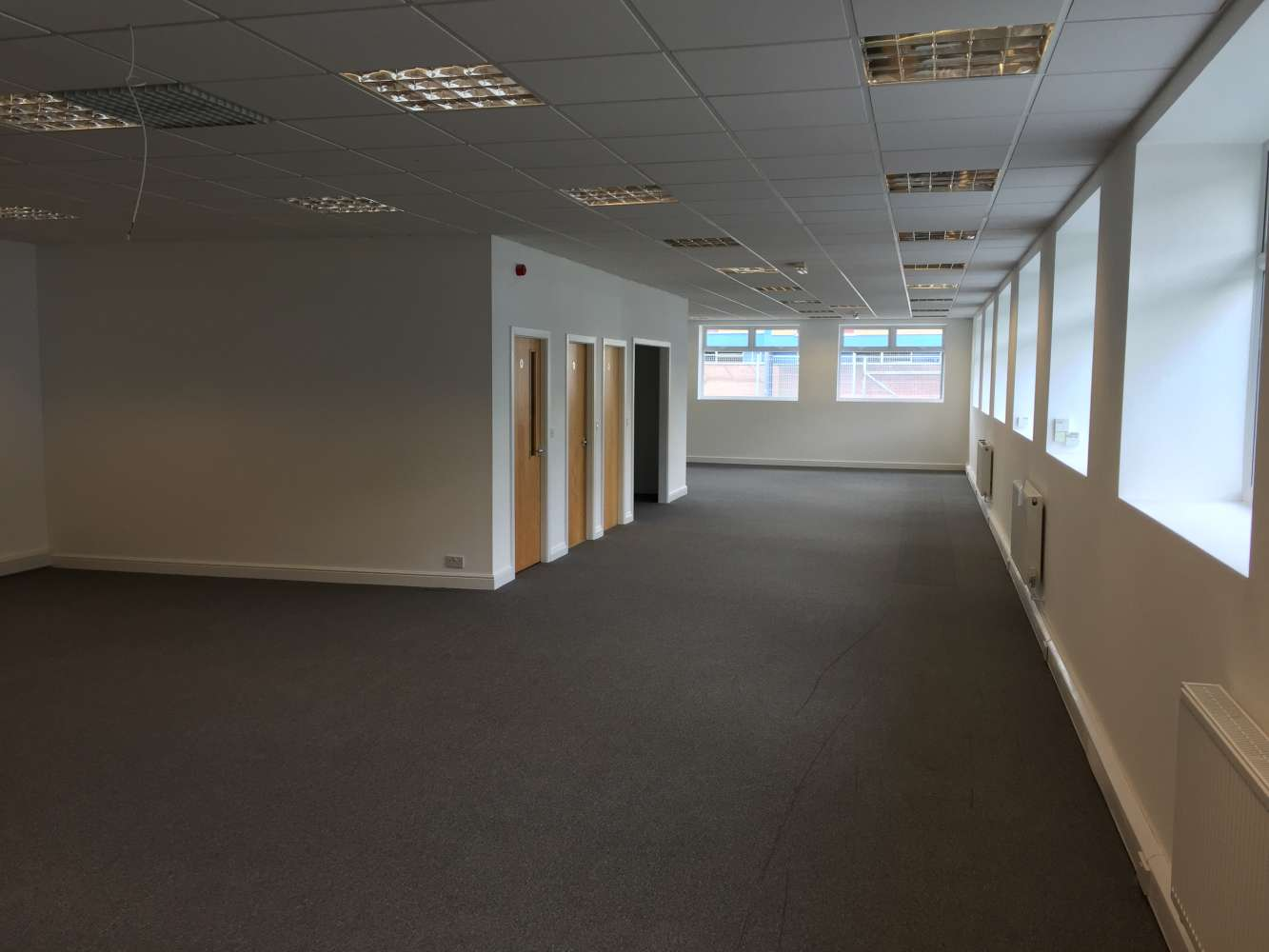 Office Leeds, LS11 0DN - 20 Brown Lane West - 0105