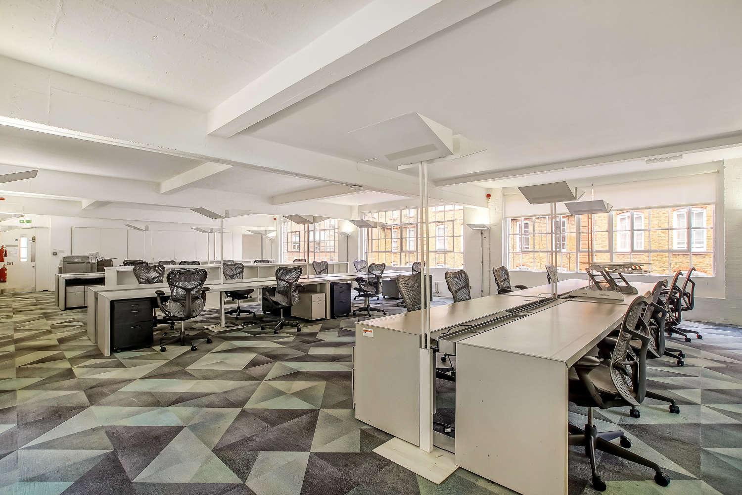 Offices London, WC1X 8AA - 88 Gray's Inn Road - 54603