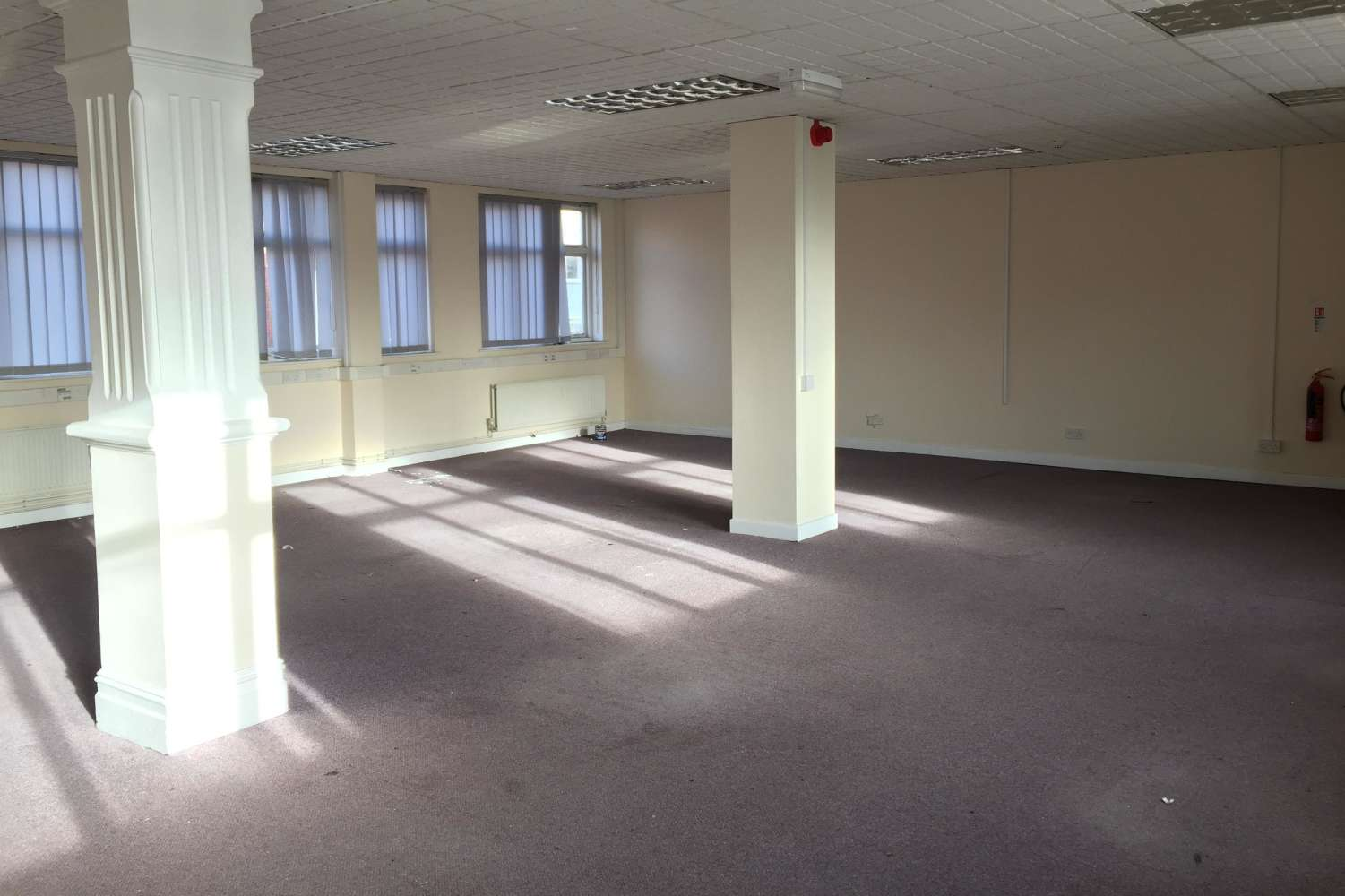 Offices Barry, CF63 4HD - 2 -10, Holton Road - 1254