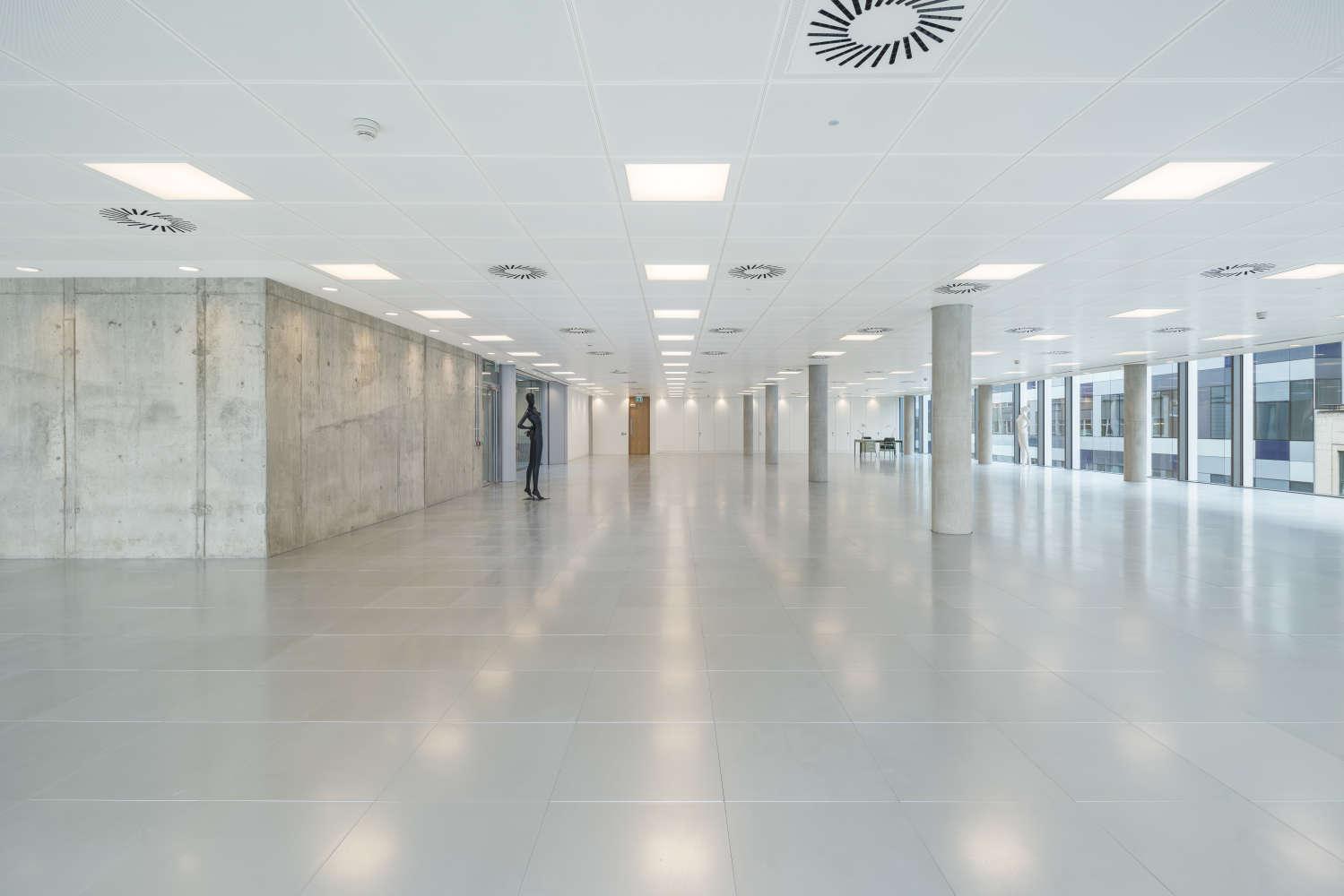 Office London, W1T 4EZ - 90 Whitfield Street - 01732