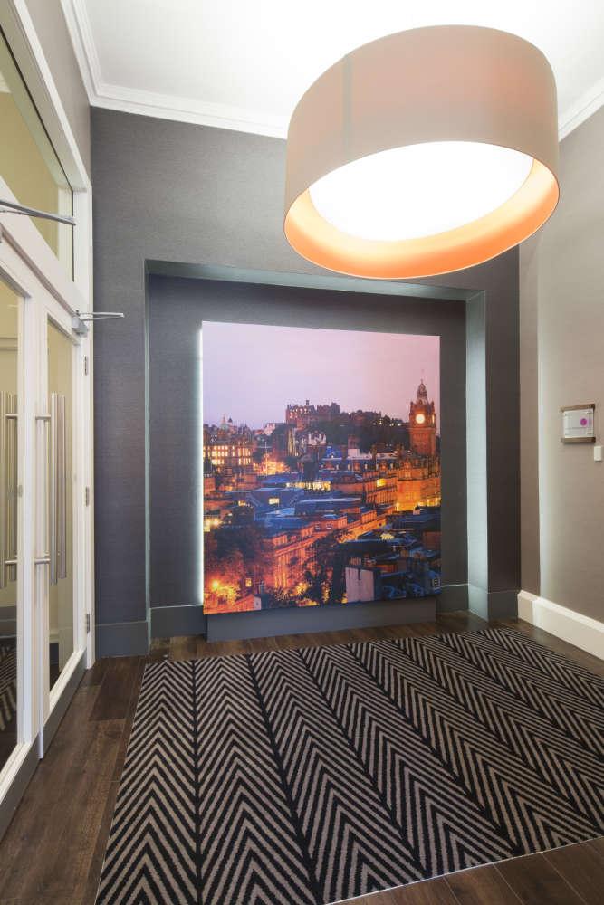 Office Edinburgh, EH2 4LH - 110 George Street - 013