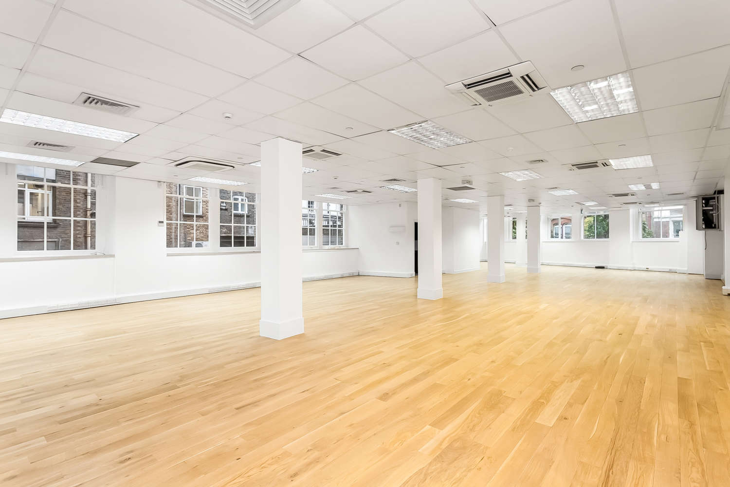 Offices London, EC1M 5RN - 29 Clerkenwell Road - 4