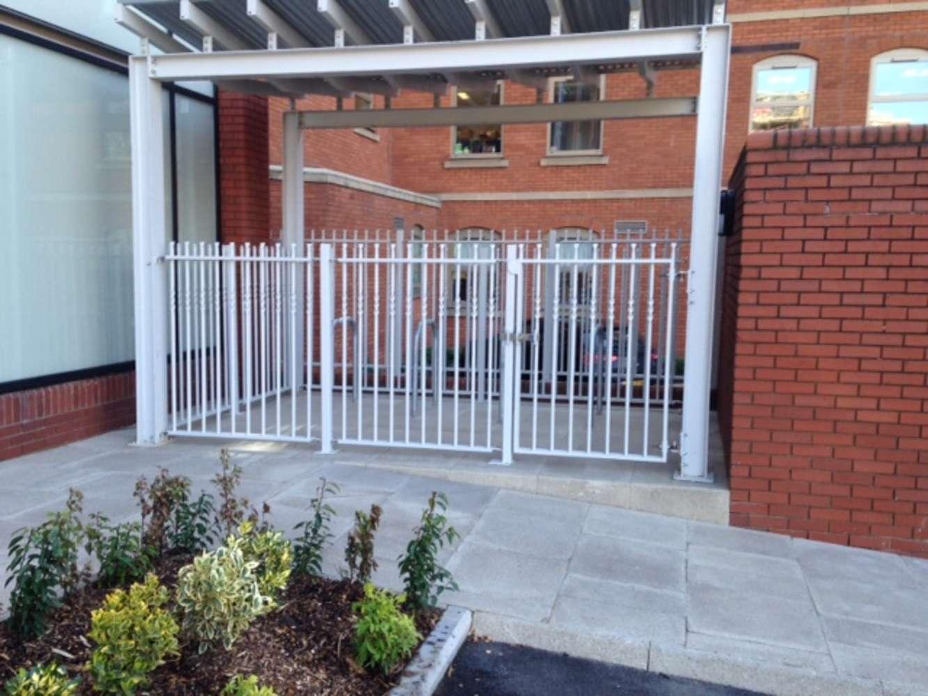 Office Leeds, LS1 2TW - 21 Queen Street - 9929