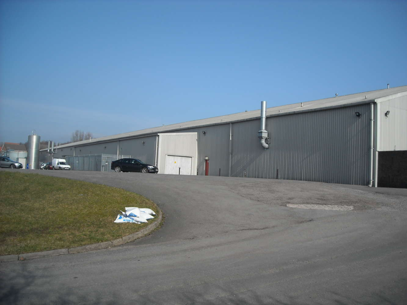 Industrial Caerphilly, CF81 9FW - Pengam Road - 0303069