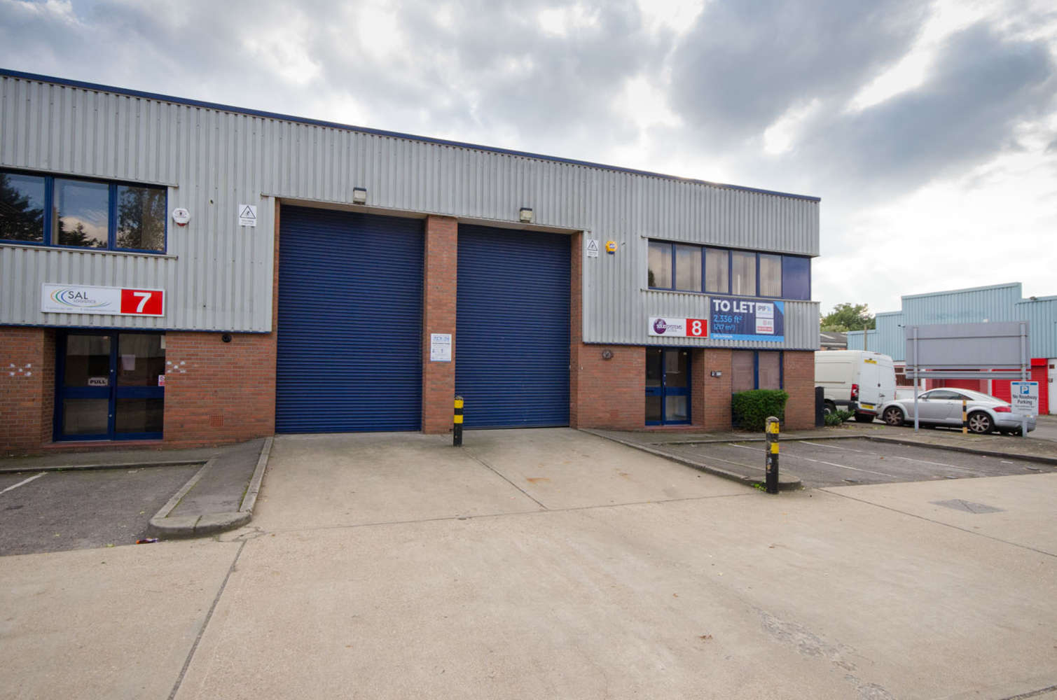 Industrial and logistics Slough, SL3 0DP - 7 Poyle Technology Centre, Willow Road Poyle, Colnbrook - 8554